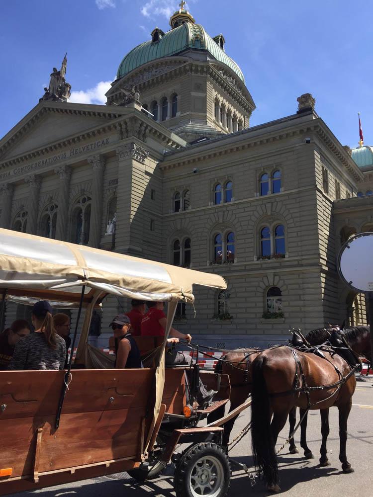 Entdeckt Bern mit Pferdestärken